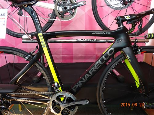 2016-pinarello-DogmaF8-yellowblack.jpg
