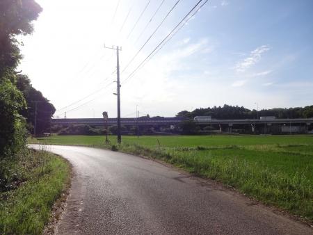 014R296から裏道を走ります、東関東道です