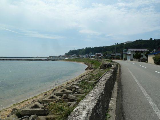 男鹿の漁村集落と日本海