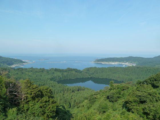 八望台から眺める戸賀湾の絶景