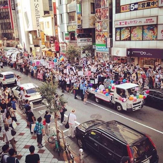 今日は本当にありがとうございました!主催者発表は5000人です。高校生が渋谷で安保反対デモ