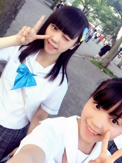 制服向上委員会2015年08月02日洋楽とスイカ こんばんwa齋藤乃愛です 今日は、お昼から渋谷デモに参加。戦争法案反対デモは、 活気があふれていて