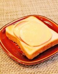 ハムチーズトースト (196x250)