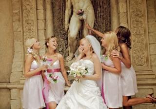 海外おもしろ結婚式画像_下品ブライズメイド
