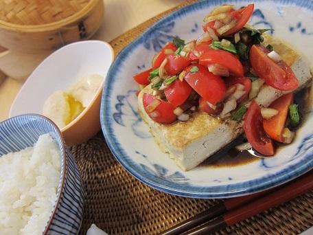 豆腐ステーキ トマトソース