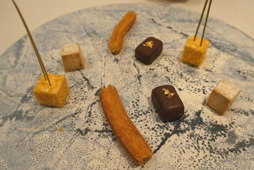 20150728 スリオラ 8 小菓子 18㎝DSC09711