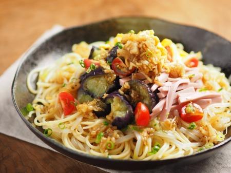 茄子と魚肉ソーセージの冷製10