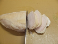 蒸し鶏とアボカドの辛子ごま45