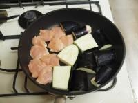 鶏むね肉と茄子の蒲焼き風50