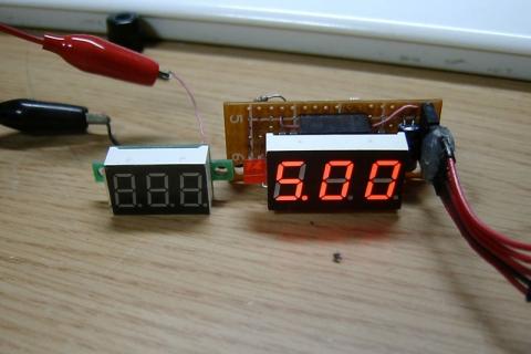 PSoC7segLED電圧計