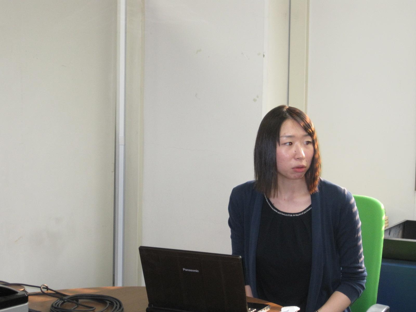 一人目の講演者:坂井麻里恵さん