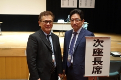 日本臨床歯周病学会(仙台)で座長を務める院長001