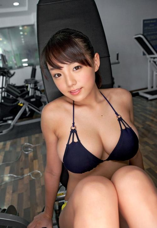 篠崎愛 Gカップ グラビア 29