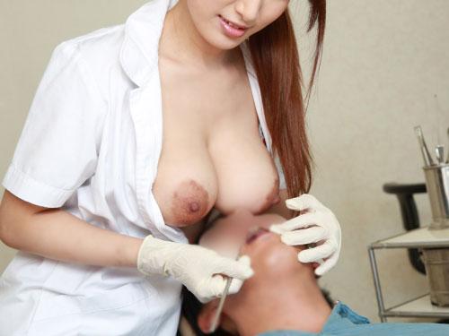 美月優芽 歯科女医の治療でお乳プレスという業務上過失乳発生ww #えろ写真 50枚