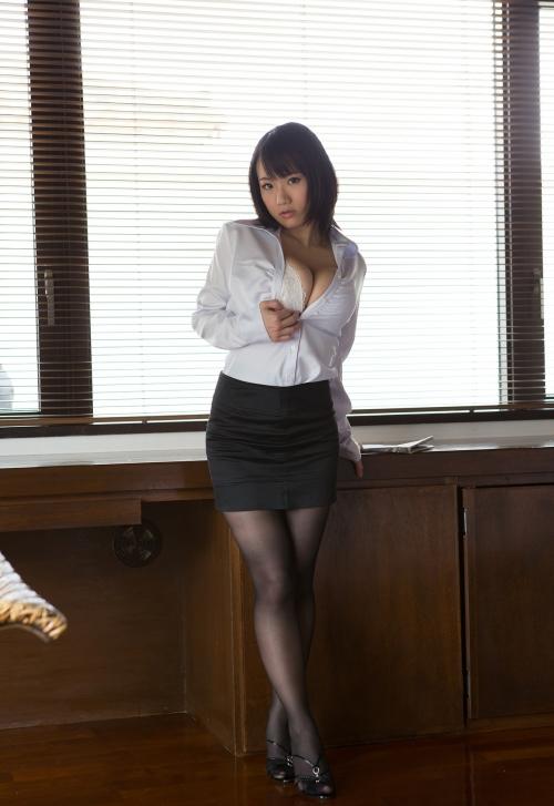 澁谷果歩 Jカップ AV女優 01