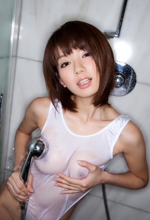 濡れ 透け おっぱい 乳首 21