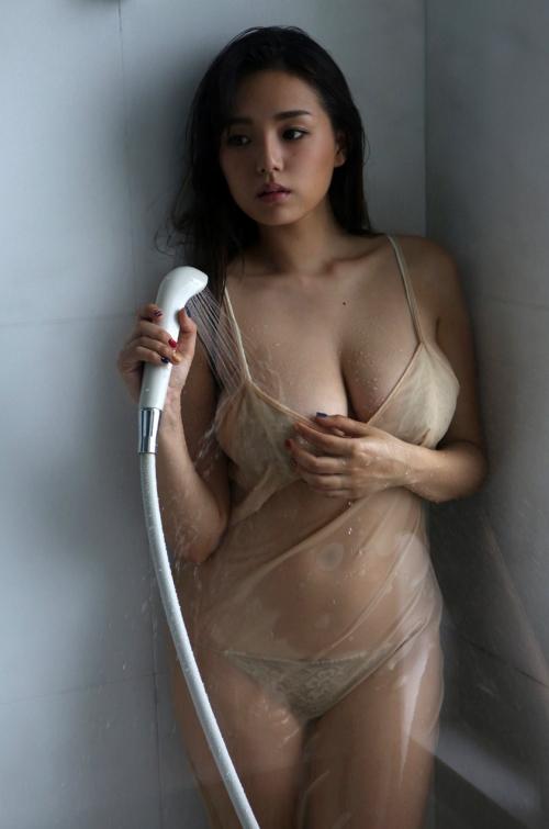 濡れ 透け おっぱい 乳首 31