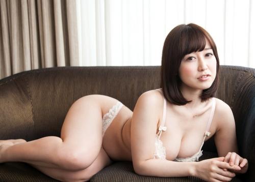 篠田ゆう Eカップ AV女優 ハメ撮り 25