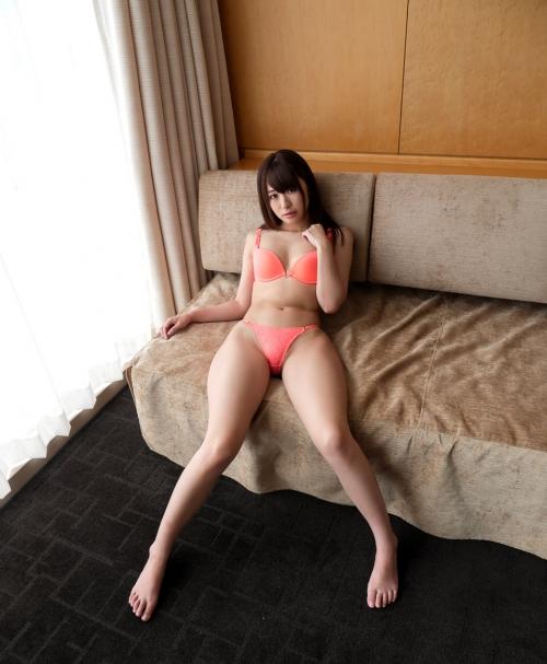 初美沙希 Eカップ AV女優 09