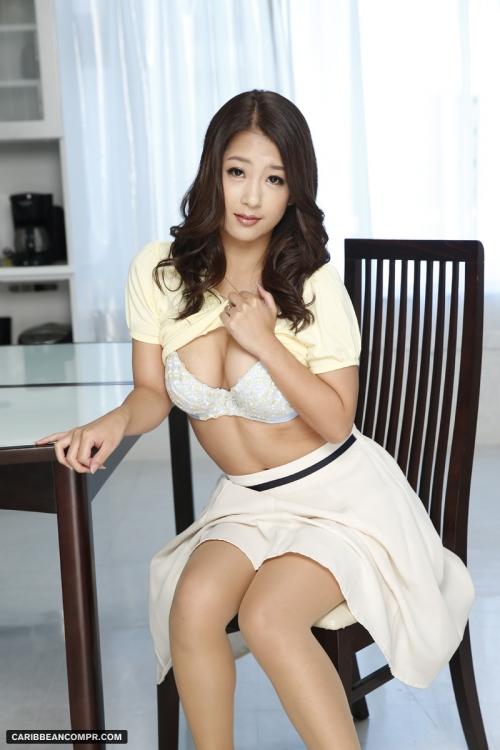 鈴木さとみ Gカップ AV女優 01