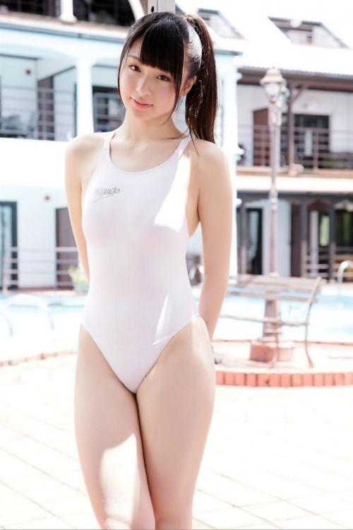 濡れ透け競泳水着 02