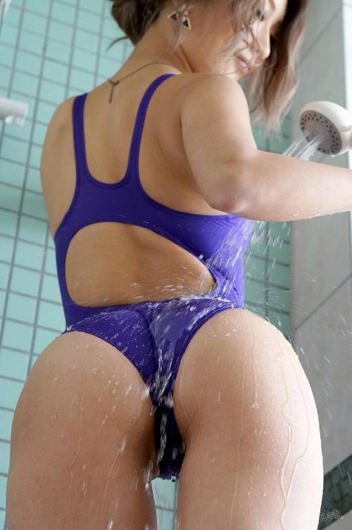 濡れ透け競泳水着 26