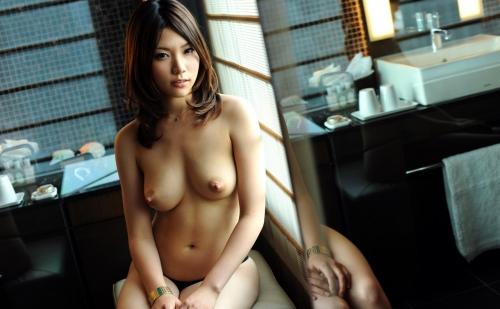 ちとせりこ Hカップ AV女優 人妻 17