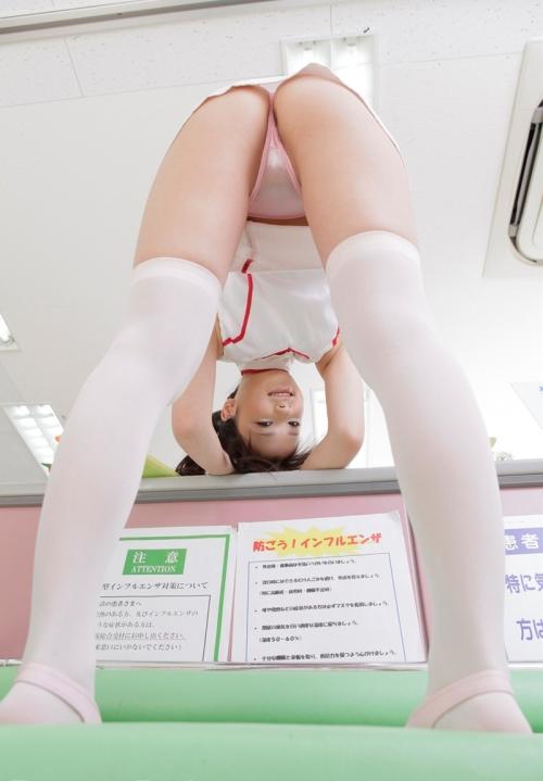 鶴田かな Gカップ AV女優 コスプレ ナース 08