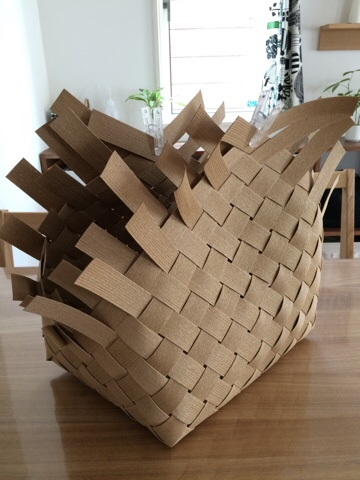 エコクラフトで作る北欧テイストのかご 手作り ハンドメイド 北欧雑貨 北欧 かご 籠 カゴ 北欧インテリア おうちみたいなバスケット