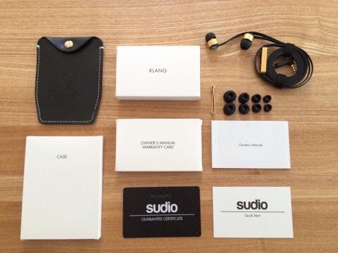 Sudio SUDIO Klang KLANG ブラック 黒 北欧 デザイン イヤフォン スウェーデン オシャレ おしゃれ アクセサリー 高音質 iPhone用イヤフォン 付属品