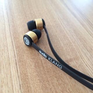 Sudio SUDIO Klang KLANG ブラック 黒 北欧 デザイン イヤフォン スウェーデン オシャレ おしゃれ アクセサリー 高音質 iPhone用イヤフォン