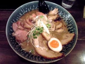 綿麺 和風とんこつちゃーしゅー(2014年12月)