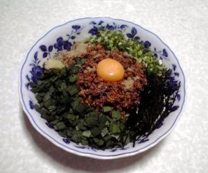綿麺の麺で台湾まぜそば