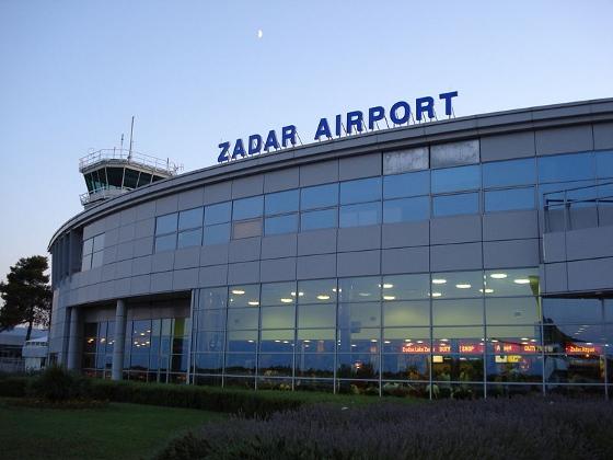 ザダール空港