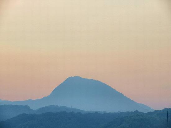 梅雨明の高崎山
