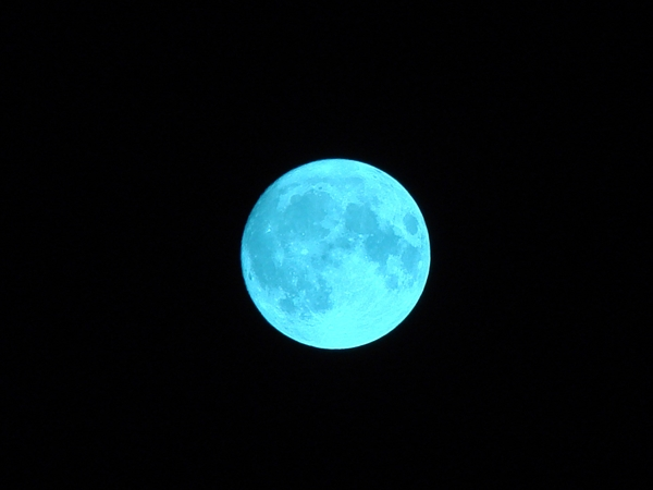 blue-moon_R.jpg