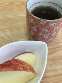 家庭料理 めしの一膳 りんご