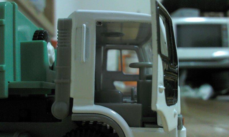 ゴミ収集車02
