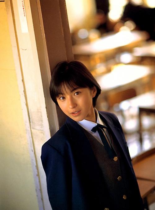 広末涼子が第3子女児出産「透きとおるような新しい命」