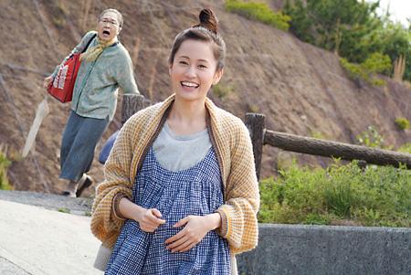 前田敦子が妊婦に、『モヒカン故郷に帰る』で松田龍平の恋人役
