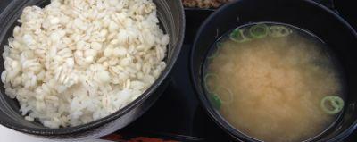 麦ご飯 味噌汁