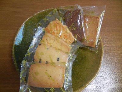 ドルチア・焼菓子on皿