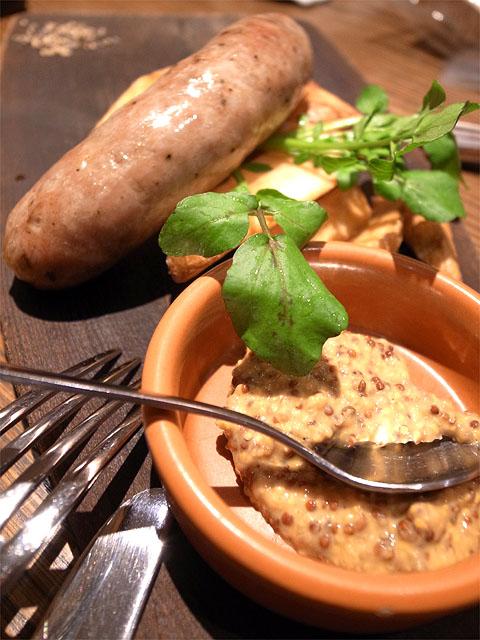 150307ビストロ熟肉-熟成肉汁ソーセージ100g