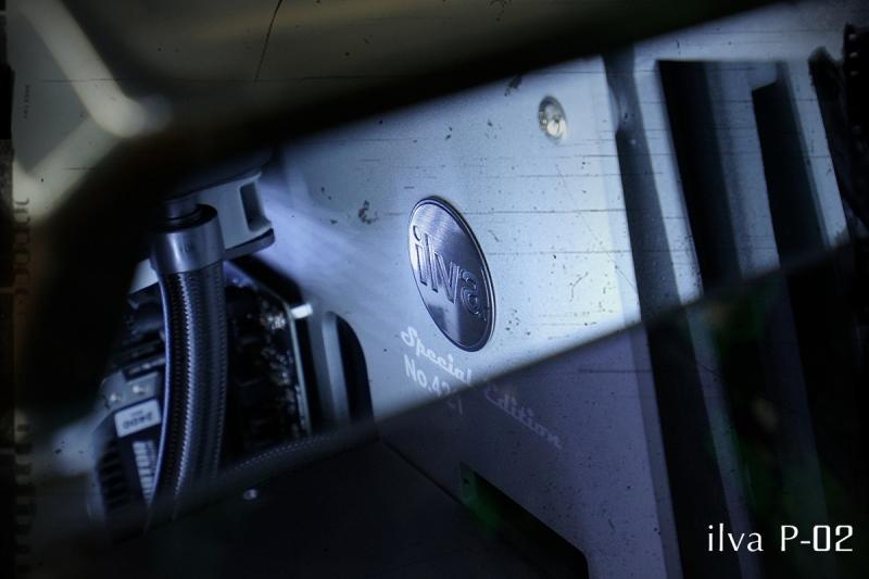 tou-04-1200.jpg