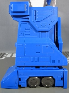 トランスフォーマー マスターピース MP22 ウルトラマグナス 02 ロボット018