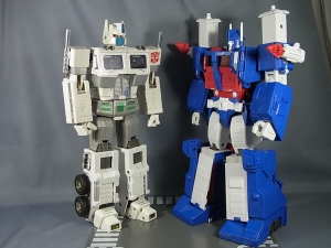 トランスフォーマー マスターピース MP22 ウルトラマグナス 02 ロボット030