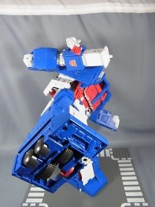 トランスフォーマー マスターピース MP22 ウルトラマグナス 03 アクション022