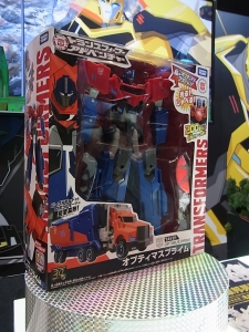 東京おもちゃショー2015 トランスフォーマー一般日002