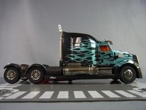 トイザらス限定 トランスフォーマー4 ロストエイジ ブラックナイト オプティマスプライム050