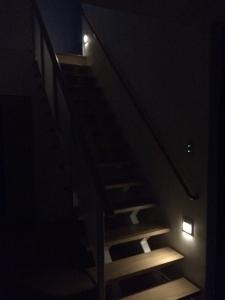 階段保安灯